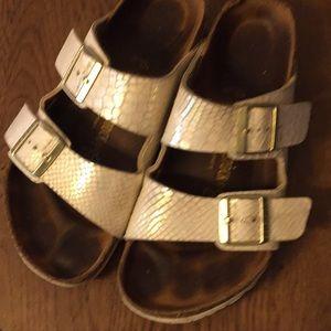 Birkenstock sandals size 40 regular